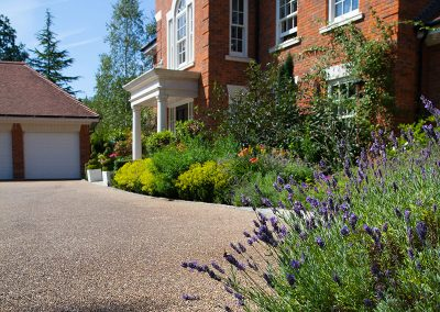 resin_bound_driveway_kingswood_surrey_01-after-3